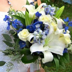 Blue Wedding DecorationsCountry Wedding Flower, Wedding Decorations, Wedding Flowers, Flower Arrangements, Blue Wedding Flower, Blue Weddings, Blue Flower, Blue Bouquets, Blue Wedding Decor