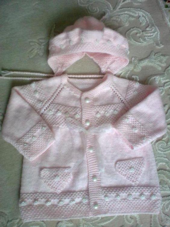 Örgü bebek ceketi  ve şapkası: