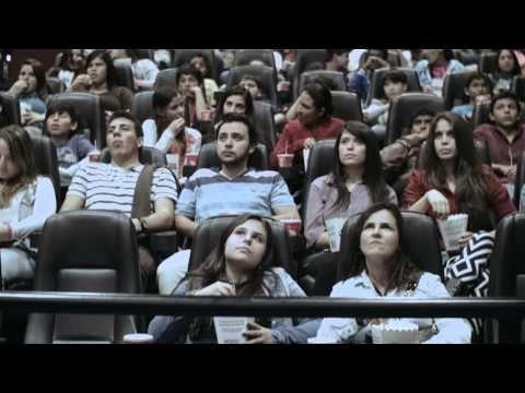 Actos de bondad en el cine: Silla - YouTube