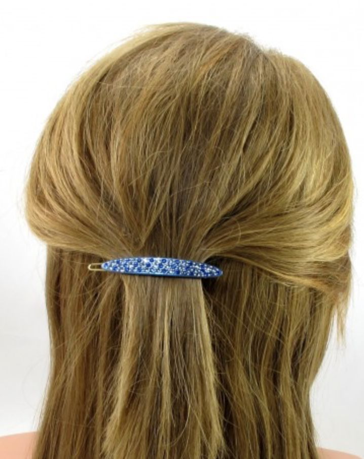 Our Aldana Crystal hair clip adds the perfect amount of sparkle to any look