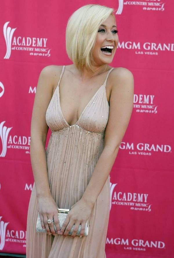 williams-kellie-pickler-nude-giving-head-girl-country