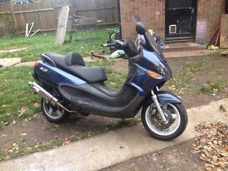 Piaggio x9 125 - http://motorcyclesforsalex.com/piaggio-x9-125/