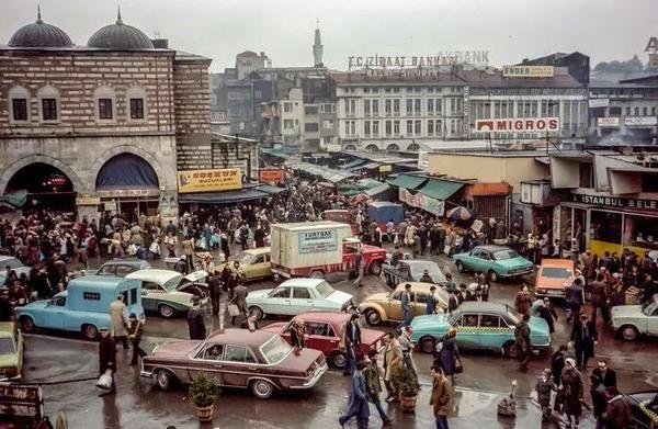 Istanbul, 1978 F: Bruno Demostene #İstanbulBeniBırakma @magmabaykus #istanlook