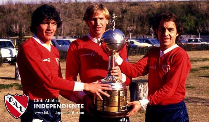 1983 Jorge Burruchaga, Enzo Trossero, Enrique Bochini - Copa Libertadores de America
