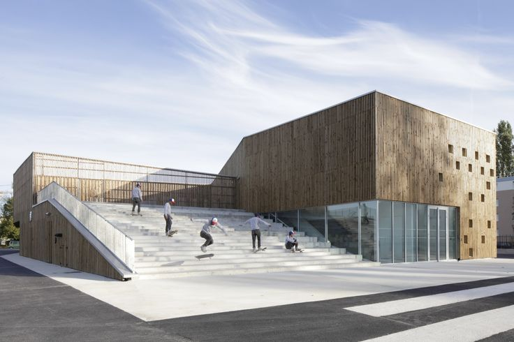 Built by Ateliers O-S architectes in Nevers, France with date 2012. Images by Cecile Septet. URBAN AND LANSCAPED SEQUENCE  Located in the middle of a restructured district in Nevers, the new Cultural Centre is ...