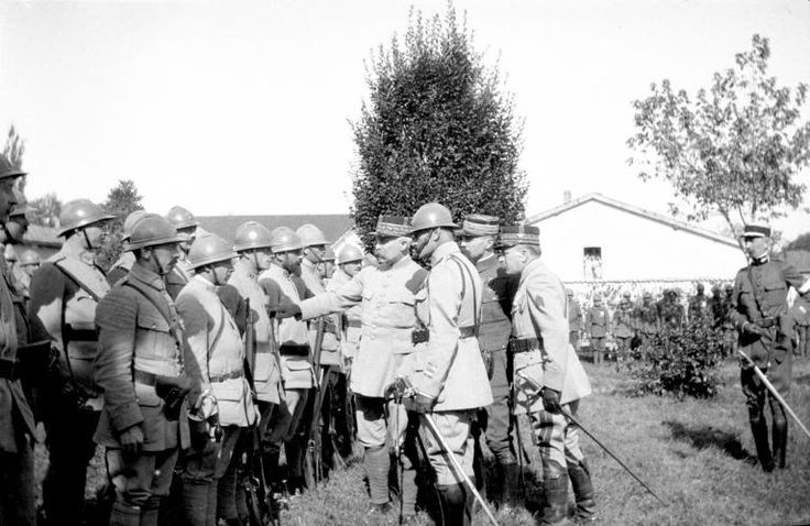 """23 September 1917, Chépy (Somme). """"Philippe Pétain, appointed on June 15 to replace Robert Nivelle, reviewed the men of the 42nd Infantry Regiment. The commander in chief wants to display its closeness to the soldiers and multiply visits to the front. More than any other Petain was able to stage his image. """" FRANTZ ADAM"""