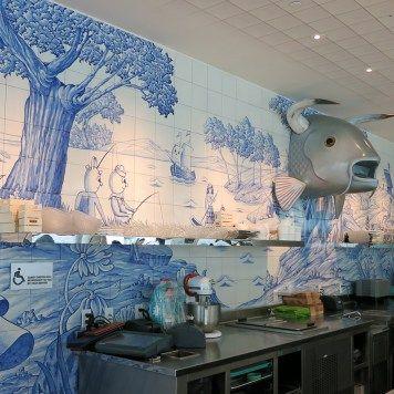 bazaarmar_07 Hotel SLS Brickell en Miami (USA) donde se encuentra el restaurante, Bazaar Mar by José Andrés, decorado por el diseñador Philippe Starck y que destaca por el uso de azulejería artística en todas sus paredes, azulejería que ha desarrollado la empresa Cerámica Artística San Ginés de Talavera de la Reina.Toledo (SPAIN)