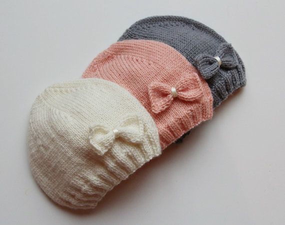 The charming hand knitted hat in white, pink or grey color with a little bow for a baby girl. This hat is very soft as it is knitted from a light weight yarn - 100% extra fine Italian Merino wool. For the comfort of the baby there is no any seams. ♥ Ready