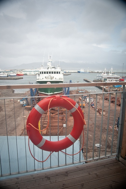 How awesome is this view from the Icelandair Hotel Reykjavik Marina? LOVE hotels with great views!