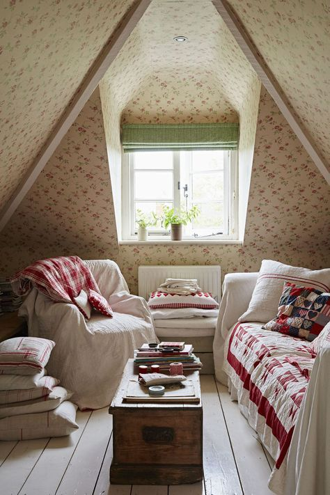 This Edwardian cottage comes to life through neutral colours and vivid vintage fabrics