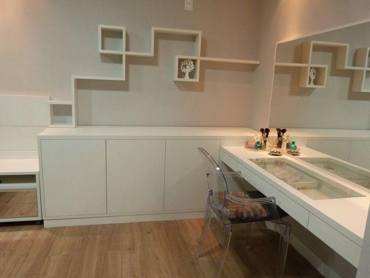 Armario Para Ropa Blanca Ikea ~ Penteadeira Bancadas e nichos no quarto do casal Quarto casal Pinterest Quartos