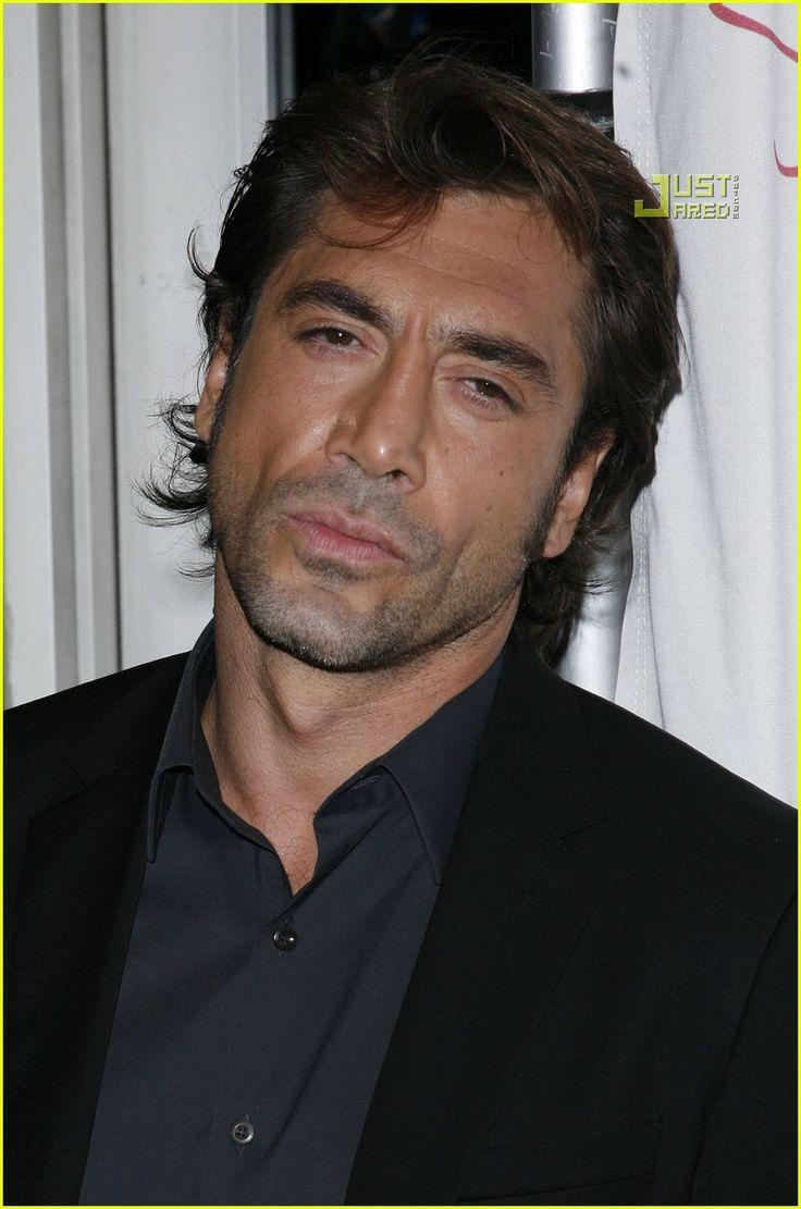 Javier Bardem @ NY Film Critics Circle Awards-Hottest Man Alive (in my opinion) ;-) I LOVE this guy! So Fu^%$&* SEXY!!! HOOTTTT