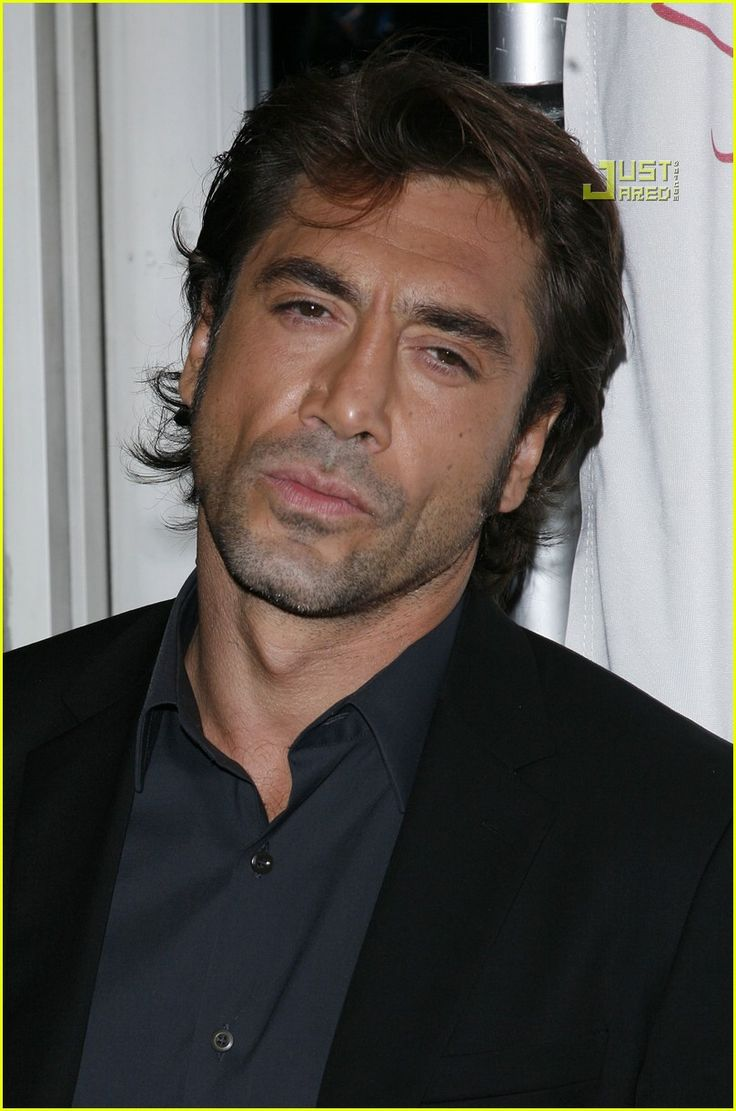 Javier Bardem @ NY Film Critics Circle Awards-Hottest Man Alive (in my opinion) ;-) I LOVE this guy! So Fu^%$&* SEXY!!! HOOTTTT