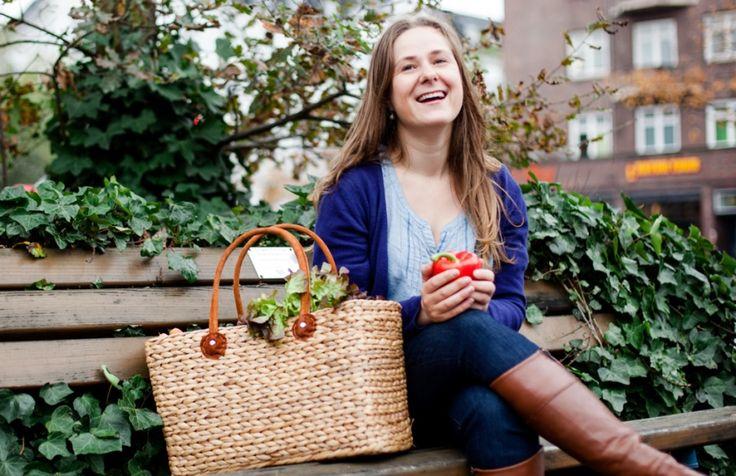 Sandra Roggow vermittelt mit Ihren Online-Plattform Kitchennerds Privatköche. Bei uns erzählt sie wie es zur Gründung ihres eigenen Unternehmens kam.