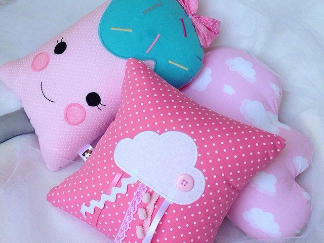 Oiii, gente! Passando pra avisar que a promoção no site só vai até o fim da semana! ❣ - www.lulinharte.com.br - #lulinharte #love #lovely #muitoamor #color #bebe #baby #girl #menina #decor #almofadas #mae #mom #maternidade