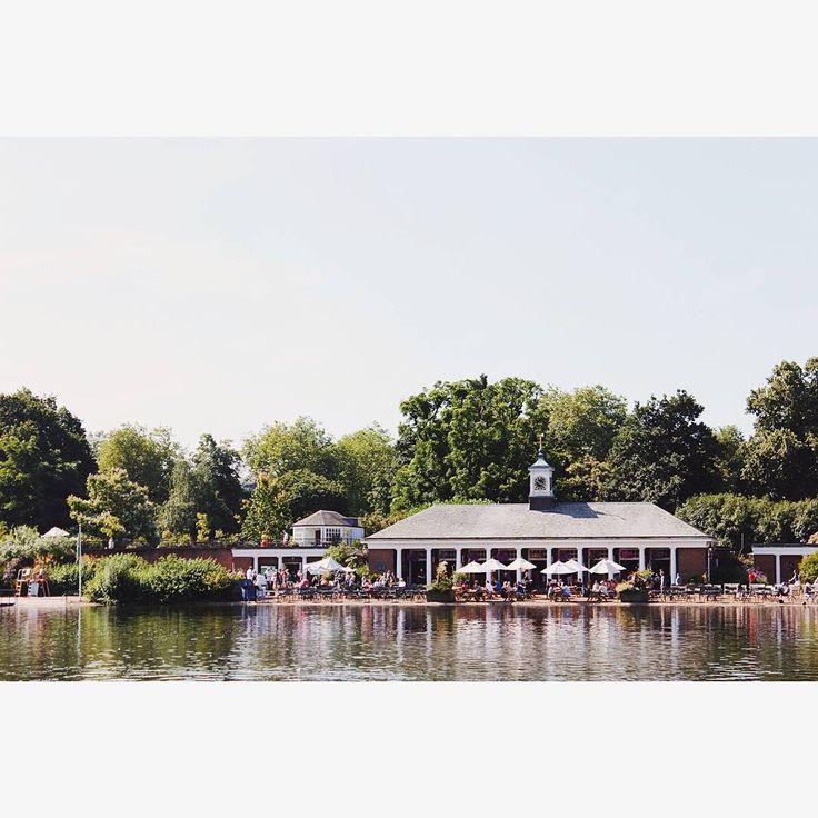 #bythelake #kensingtonpark #london #londonpark #instahub  #instagood #visionlondon #july #sunnyday #vscocam…