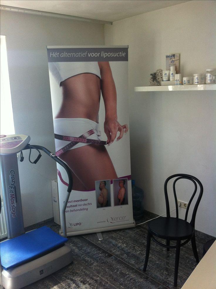 QB Lipo III cavitatie Cavitatie is dé manier om vet en cellulite veilig, pijnloos en met blijvend resultaat te verwijderen. De methode is bewezen effectief, veilig en geschikt voor zowel vrouwen als mannen. Laagfrequent ultrasone geluidsgolven maken allereerst het overtollige lichaamsvet vrij, vervolgens wordt het op een geheel natuurlijke manier afgevoerd.