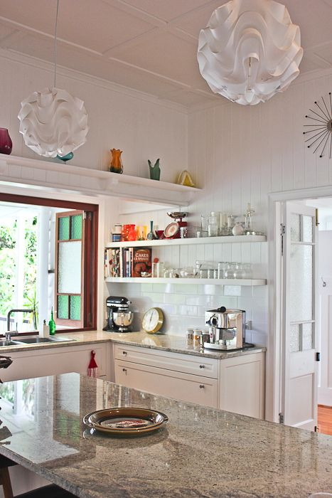 Kitchen March 2013 Photo - Elizabeth Santillanhttp://www.walkamongthehomes.com.au/holland-park-1930s-queenslander#