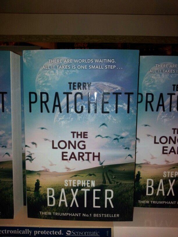 The long earth - Treey Pratchett, Stephen Baxter