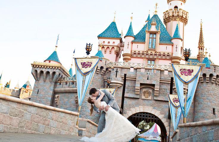 #weddingideas #wedding #disneywedding #weddingdresses #bridesmaid #weddingtips