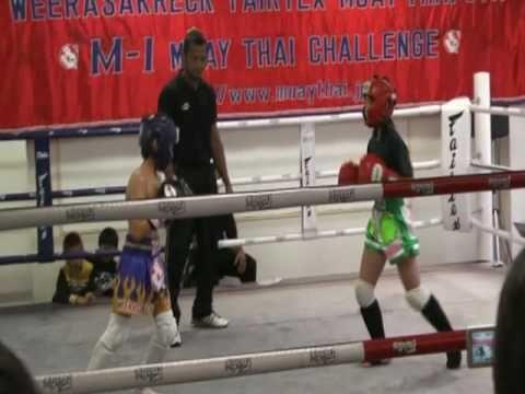 伊藤サヤ ムエタイ35Kg級タイトルマッチ Ito Saya kids smoker fight | kick boxing muay thai