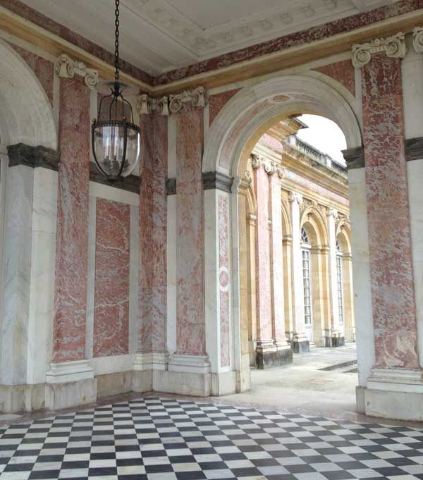 Marble Column Wall : Best images about places with great decorative painting
