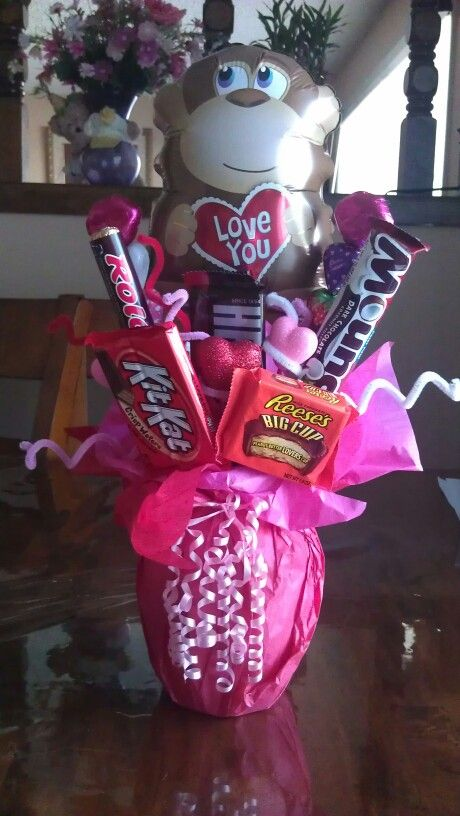 Candy bouquet for your valentine