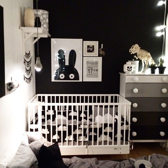 black / white kids room