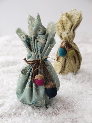 Felted Acorn & Fabric Giftwrap!