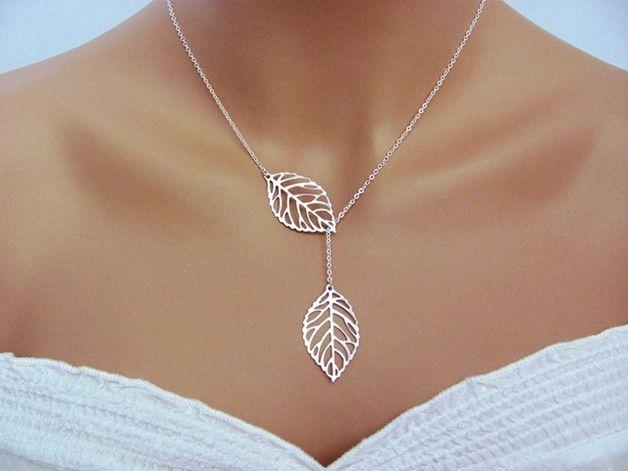 ♥ Cadena de hojas ● Disponible en el color: plata y oro ● Elija su color.