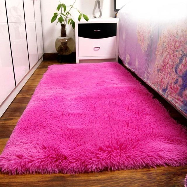 How To Make Your Own Shaggy Rugs Yonohomedesign Com Rugs On Carpet Soft Rugs Bedroom Fluffy Rug
