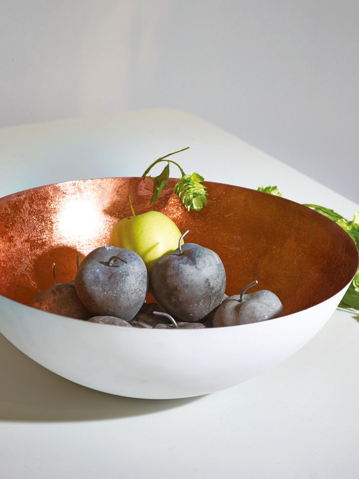 White & Copper Bowl - This ticks ALL the boxes! Copper is trending this Spring 2014 & the white sets the copper leaf off beautifully.