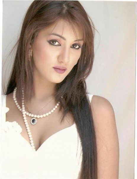 A blog about full of Entertainment, Fashion, Pakistani Hot Models, Actresses, Showbiz, Lollywood, Bollywood, Gossip, Masala, Scandals and many more.