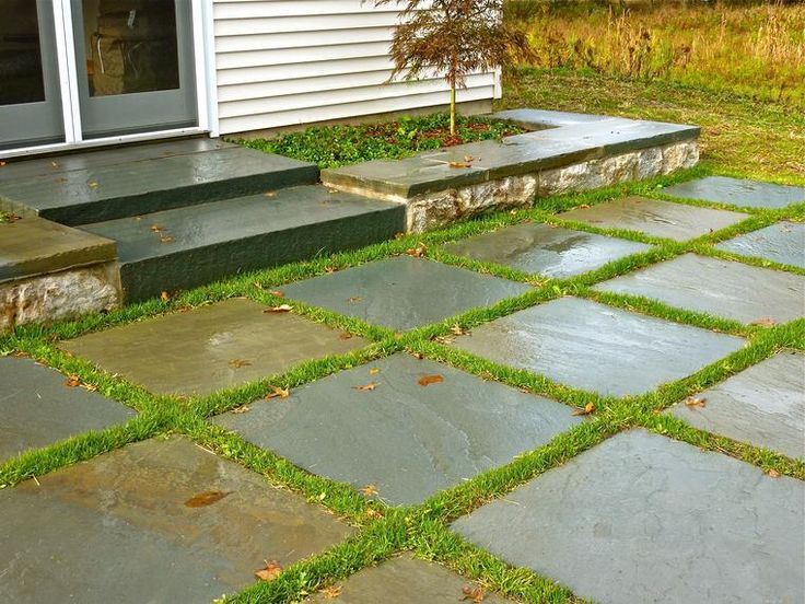 I have installed different types of stone set in the lawn, and it always looks great.
