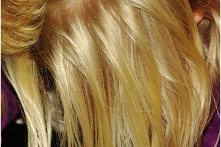 How to Make Hair Blonder Overnight (8 Steps) | eHow