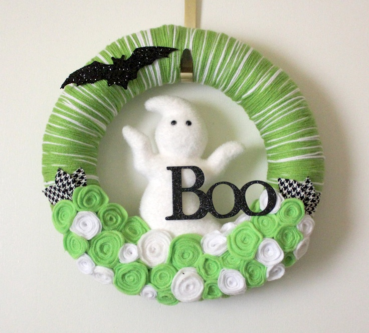 Image detail for -Green Halloween Wreath with Ghost and Bat, Yarn and Felt, Large 14 ...