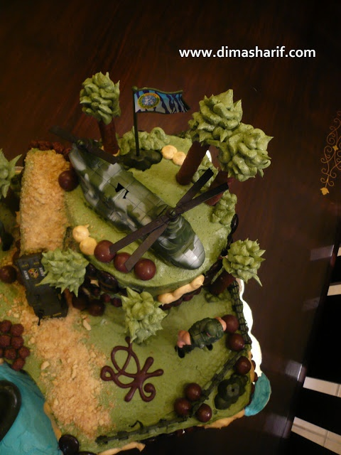Cake Decorating Ideas Military : 17 Best images about Cake Decoration on Pinterest ...