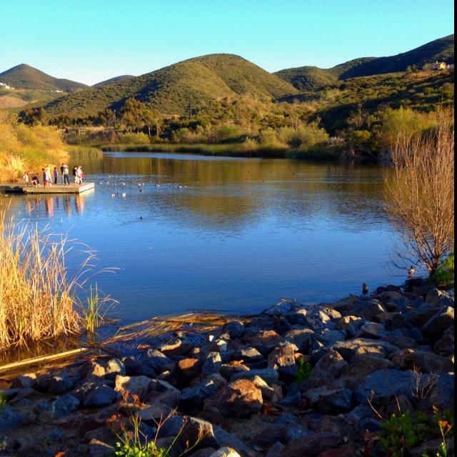 Beautiful Lake House Homes: Discovery Lake, San Marcos. CA Beautiful Place