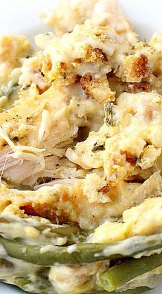 Creamy Crockpot Chicken Stuffing and Green Beans. This looks amazing!!