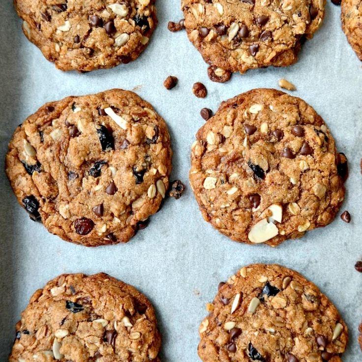 Vegan Cherry Chocolate Muesli Cookies - Fitnessmagazine.com