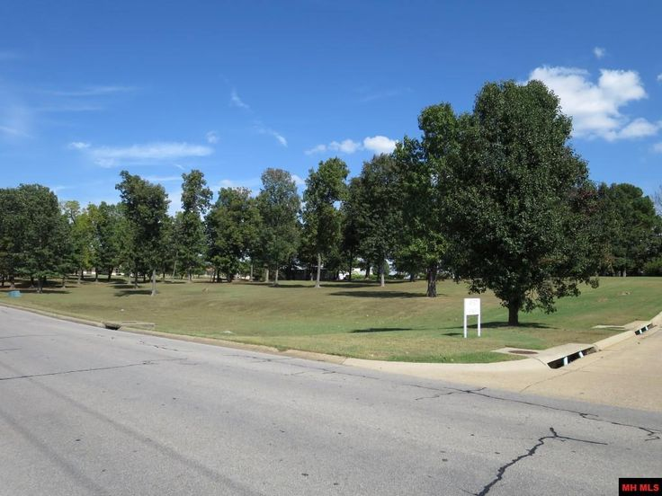 GREAT COMMERCIAL LOCATION 227 Acres M L Zoned C 2 With 131 Feet Of Road Frontage On Wallace Knob Right Beside Arvest Bank And 310