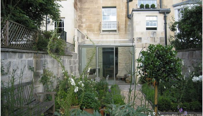 Contemporary glass Conservatory - Hetreed Ross