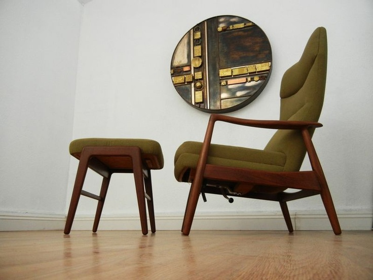 Danish Modern Teak Reclining Lounge Chair With Ottoman