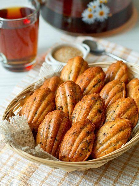 """Медовое печенье """"Мадлен"""" с шоколадной крошкой - вкусные проверенные рецепты, подбор рецептов по продуктам, консультации шеф-повара, пошаговые фото, списки покупок на VkusnyBlog.Ru"""