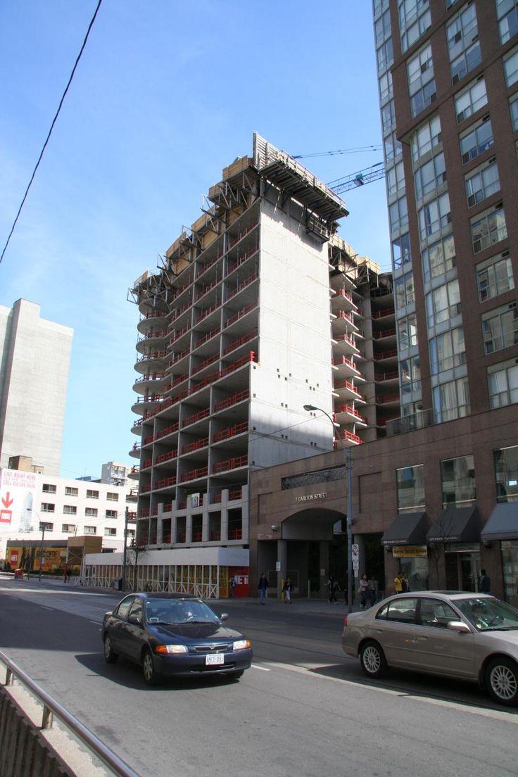 April 21, 2016: The Met on Carlton Street. Image taken May 1, 2006 by Edward Skira #UrbanToronto #Toronto #tbt #throwbackthursday #construction #development
