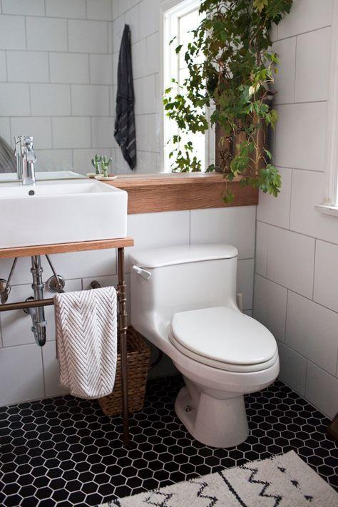 Simple ways to update a bathroom