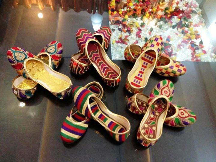 Punjabi shoe (jutti)