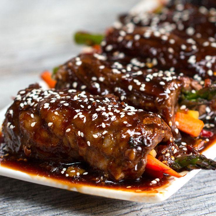 Rollitos de carne en salsa teriyaqui