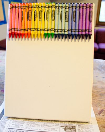 Craft Knife: Tutorial: Melted Crayon Canvas Art