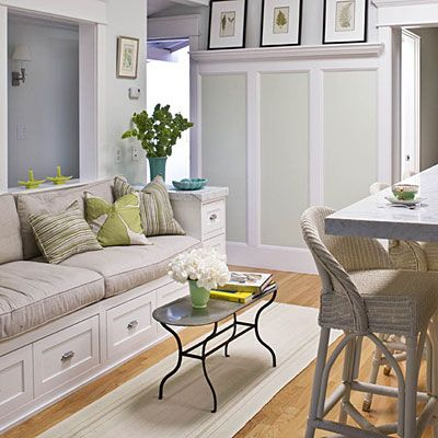 Love the bench seating and the wainscotting with trim ledge for photo frames.